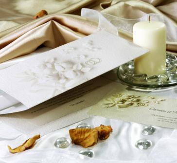 Invitatie de nunta pastel, cu boboci