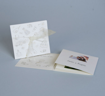 Invitatie de nunta cu panglica din organza