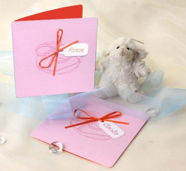 Invitatie de botez cu ciubotei roz